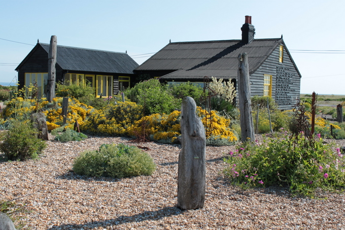 Derek Jarman, Prospect Cottage. Photo courtesy www.gardenvisit.com.jpg