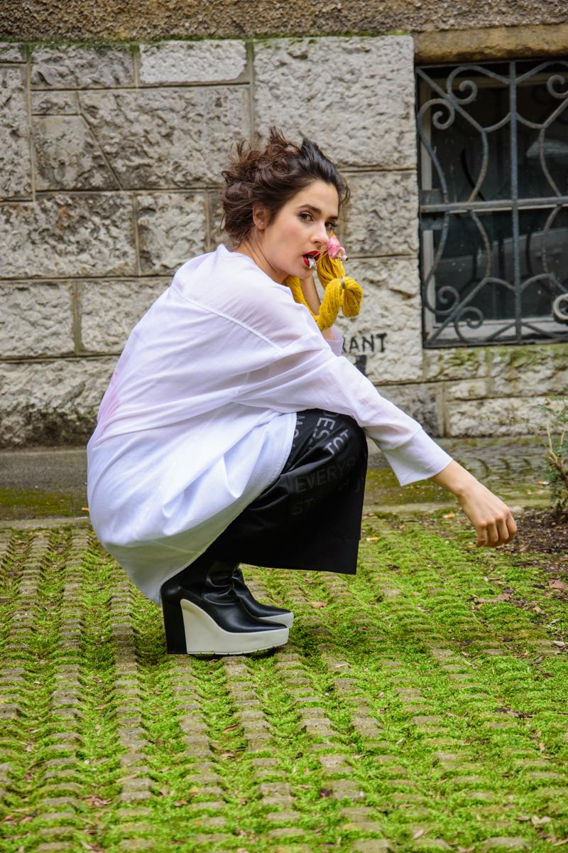 tunika Tina Pavlin  hlače JSP  nakit Dalija Sega