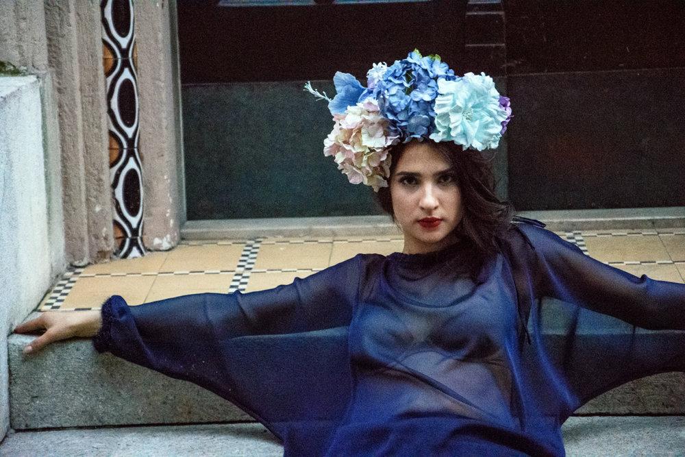 bluza Renata Bedene  hlače Princip  rože Moimoi