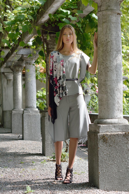 majica in hlače: NELIZABETA