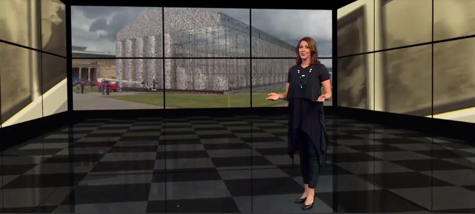 •V oddaji 8dan voditeljica Uršula Ana Mrežar nosi obleko JSP