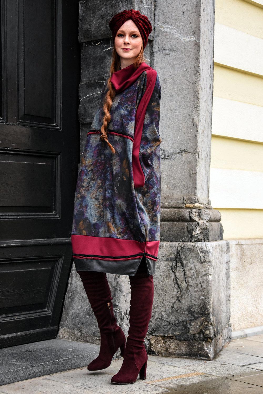 Copy of obleka Firma by Sanja/plašč Renata Bedene/turban Baraga/broška-roža Ana Lazovski