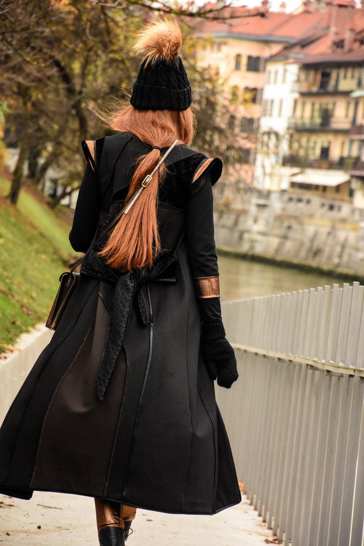 Copy of pajkice, obleka, brezrokavnik, torbica Simona Kogovšek/kapa in rokavice Lolipop