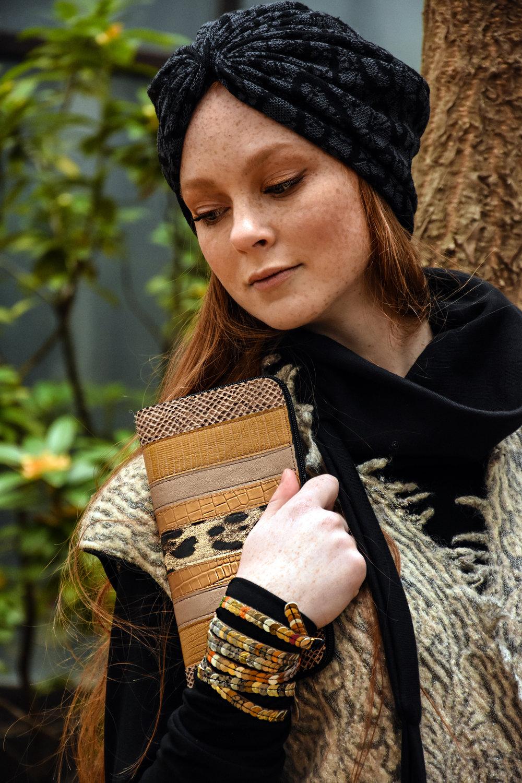 Copy of tunika Tina Pavlin/brezrokavnik Renata Bedene/turban Baraga/pismo torba in zapestnice Zelolepo