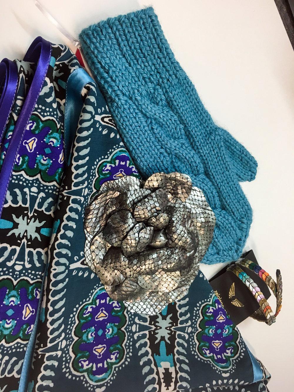 NI ruta, Lazovski roža broška, Zelolepo zapestnica, Lolipop rokavice