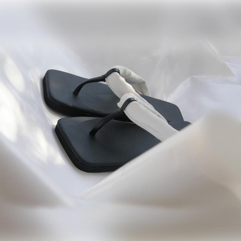 05_Kirila sandali kolekcija.jpg