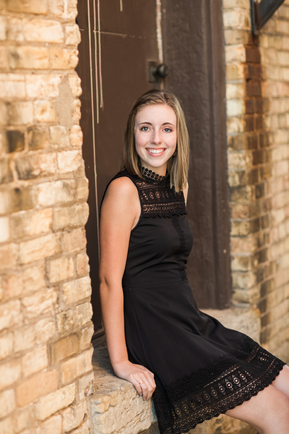jill_hogan_Green Bay_senior_photography (8 of 16).jpg