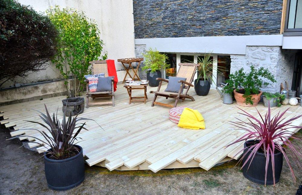 Terrasse Silika à la pose sans vieillissement du bois.