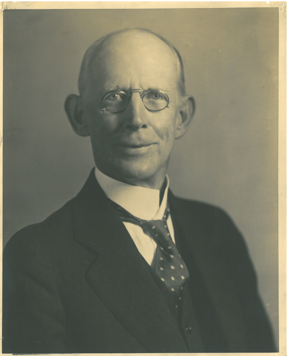 Dr. Robert F. Campbell Jr.png