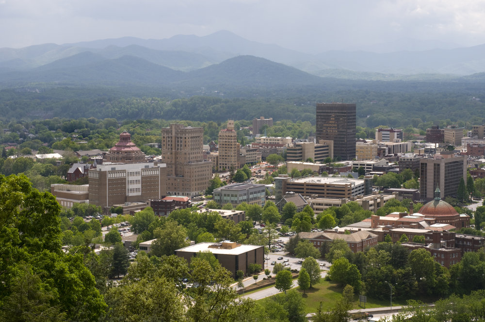 Panorama.daylight.Asheville.jpg