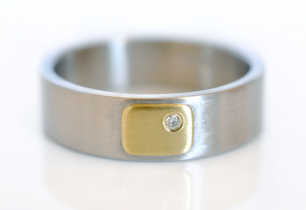 CB3-6-alternative-wedding-band-satin-palladium-18kygold-whtDia-ECdesign-laura-susan
