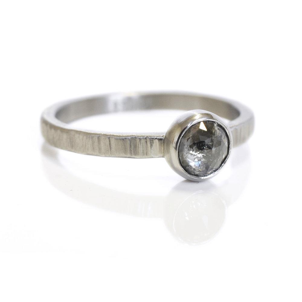PatrickH-renee-saltandpepper-ice-diamond-rosecut-950palladium-linear-hammered-side.jpg