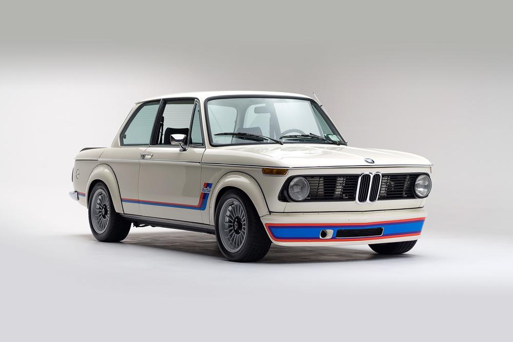 ClassicDotCom_BMW_2002_Turbo_01.jpg