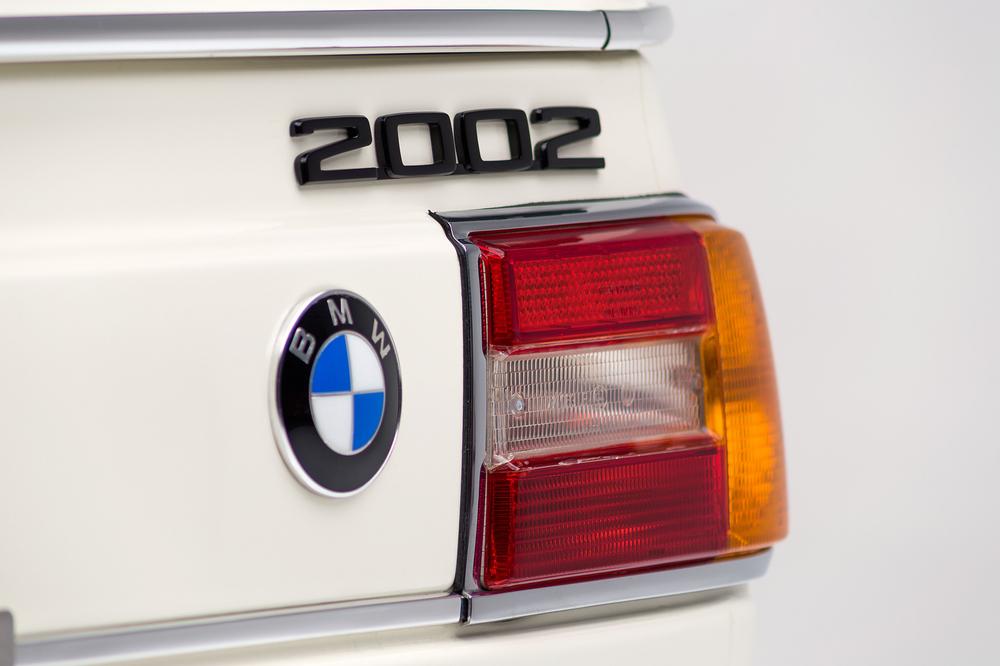 ClassicDotCom_BMW_2002_Turbo_11.jpg