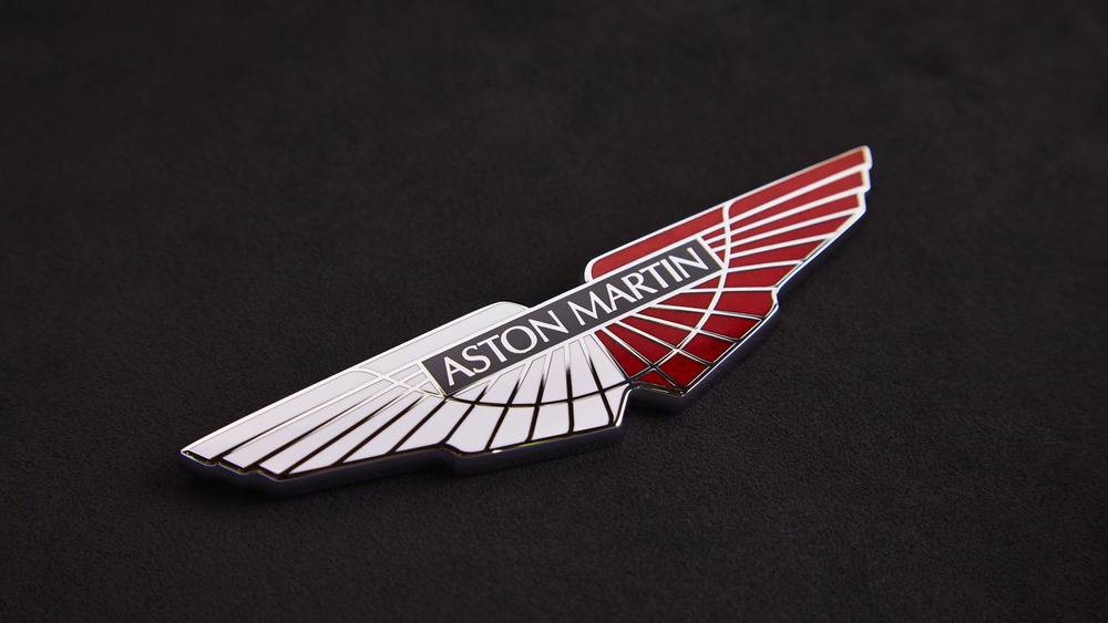 aston-martin-v8-vantage-gte-with-bespoke-wings-5.jpg