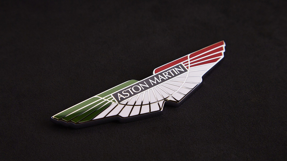 aston-martin-v8-vantage-gte-with-bespoke-wings-10.jpg