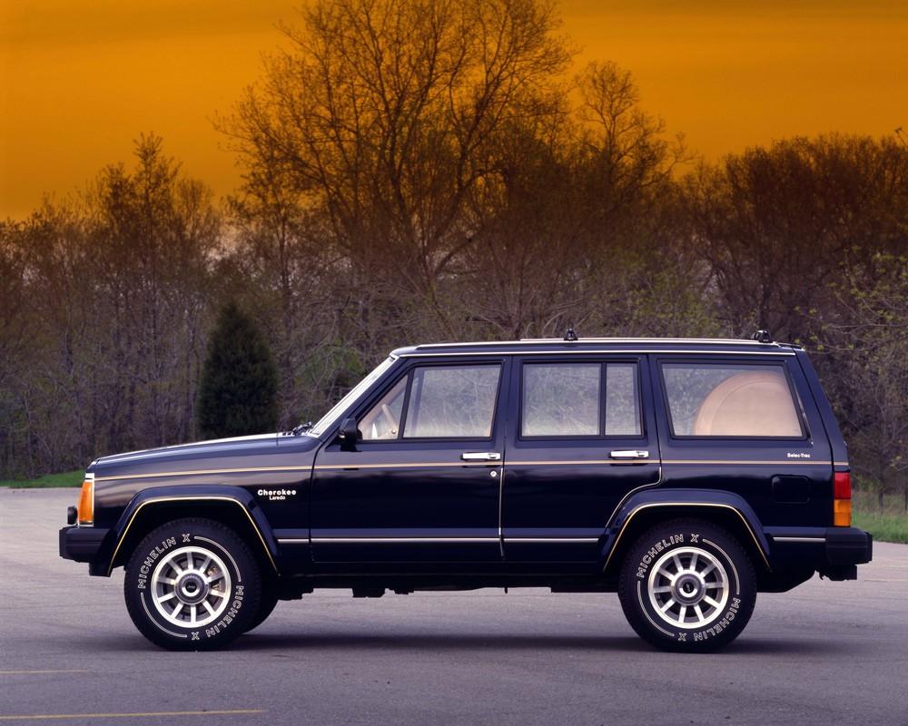 160722_Jeep_1985-Cherokee-Laredo.jpg