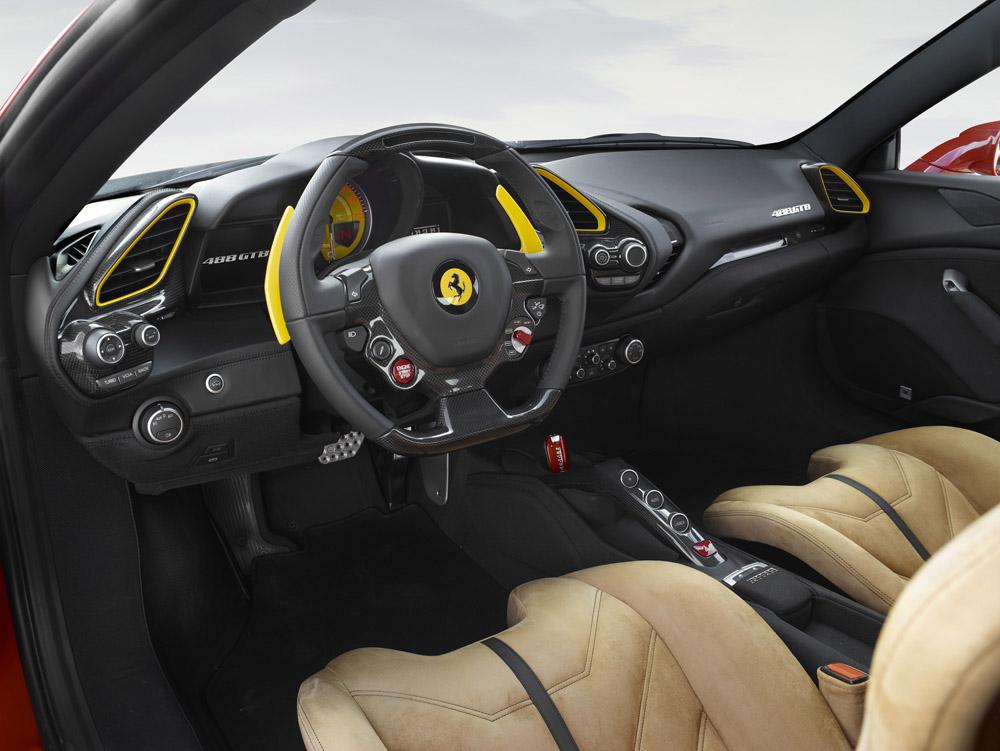 160578-car-salone-parigi.jpg