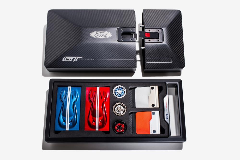 Ford_GT_Kit_1.jpg