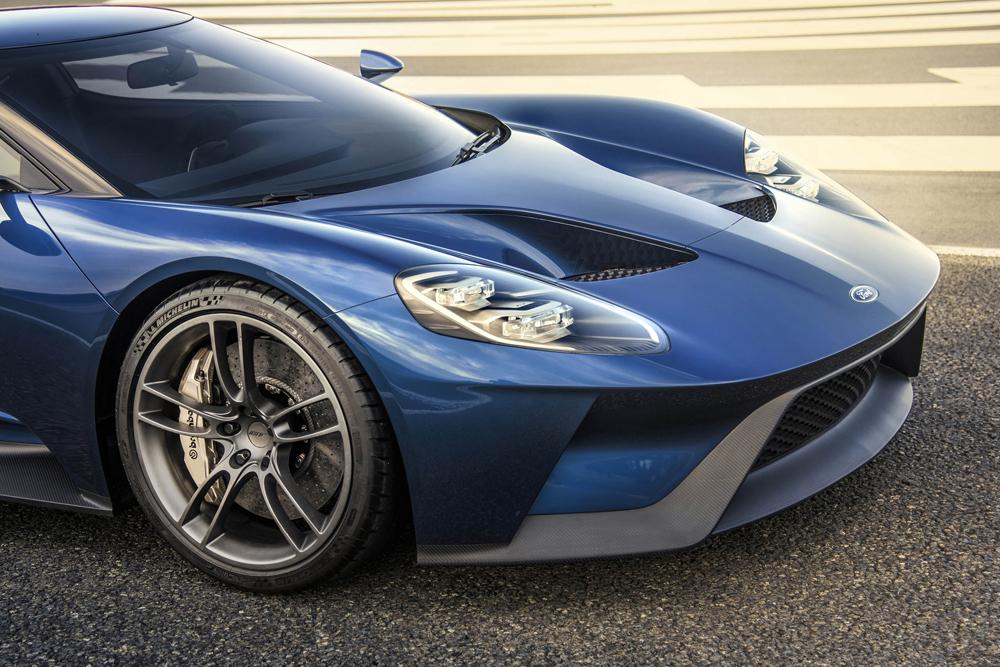 Ford-GT_3d.jpg