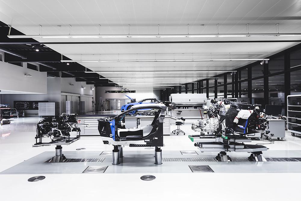 07_Molsheim_Bugatti_Atelier.jpg
