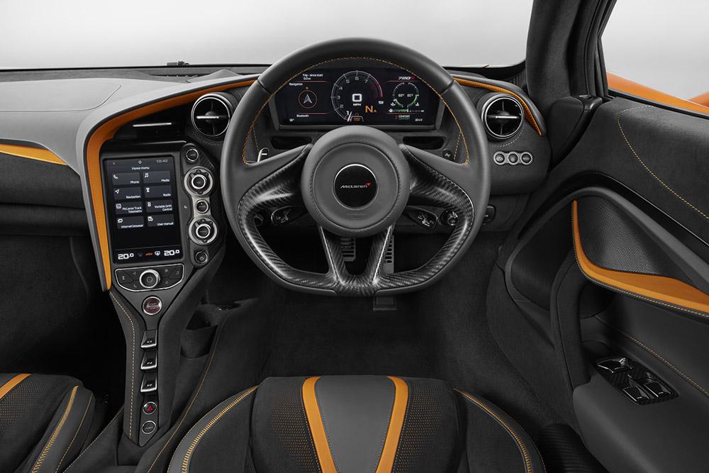 McLaren 720S-28-Interior.jpg