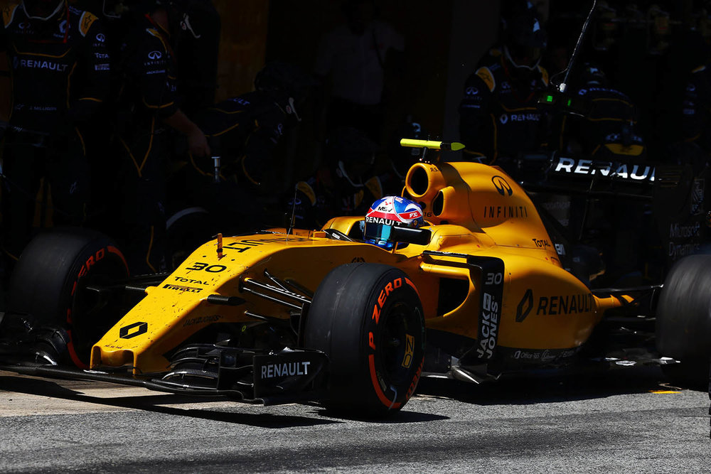 Renault_78069_global_en.jpg