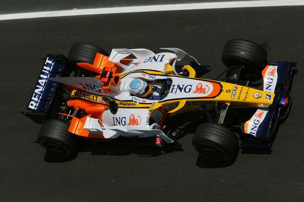 Renault_93893_global_en.jpg