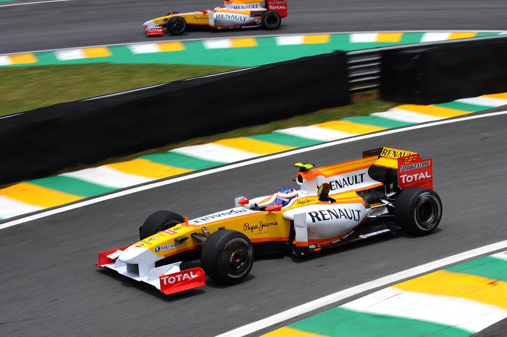 Renault_93894_global_en.jpg