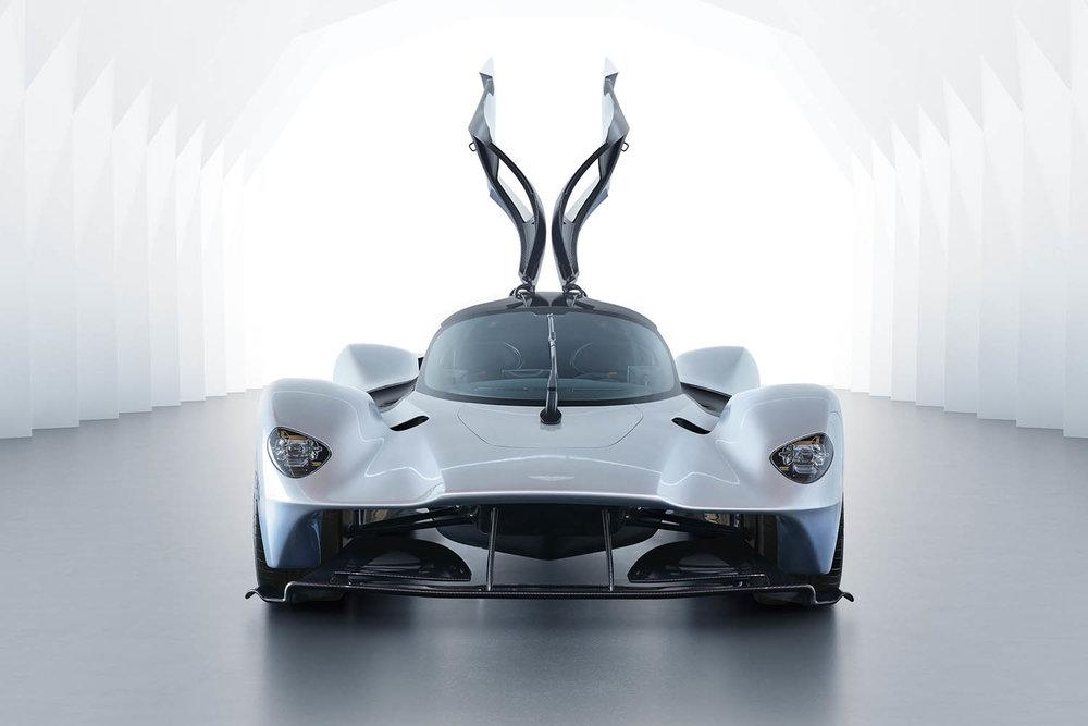 Aston_Martin_Valkyrie_02.jpg