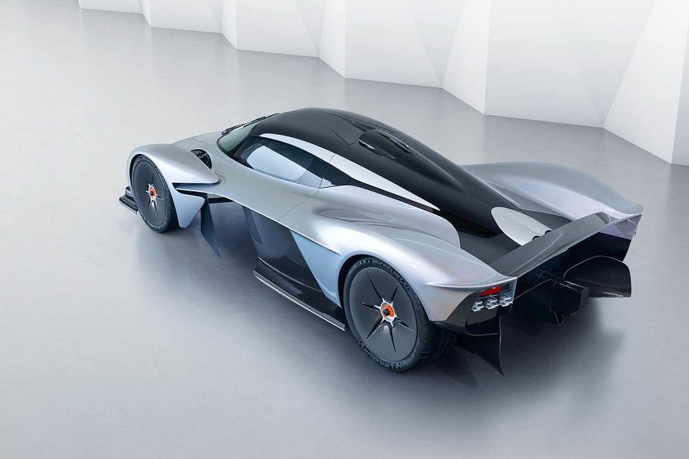 Aston_Martin_Valkyrie_14.jpg