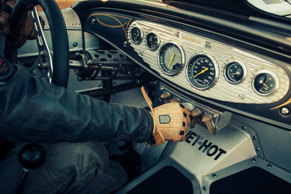 matthew-jones-1932-custom-ford-roadster-interior-atlanta-ga-1509517.jpg