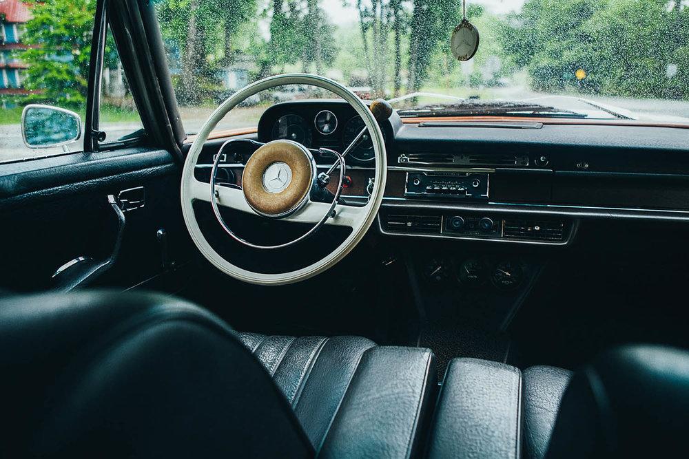 matthew-jones-automotive-photography-mercedes-benz-280d-interior-1726921.jpg