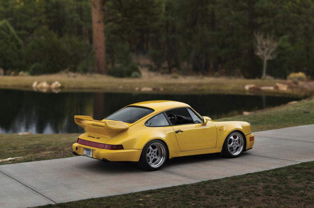 1993-Porsche-911-Carrera-RS-3-8_1.jpg