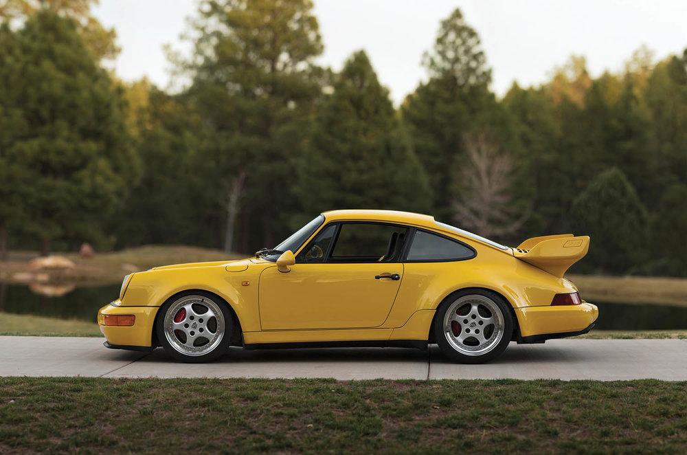 1993-Porsche-911-Carrera-RS-3-8_4.jpg