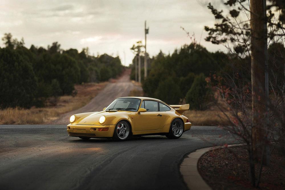 1993-Porsche-911-Carrera-RS-3-8_23.jpg