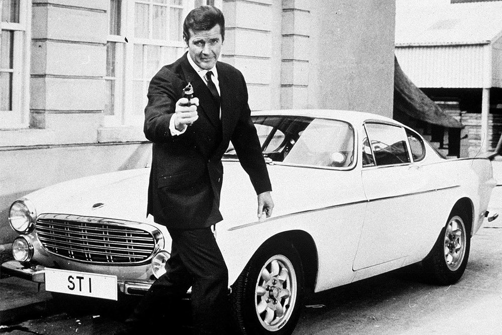225617_Roger Moore as Simon Templar in _The Saint_ (TV Series).jpg