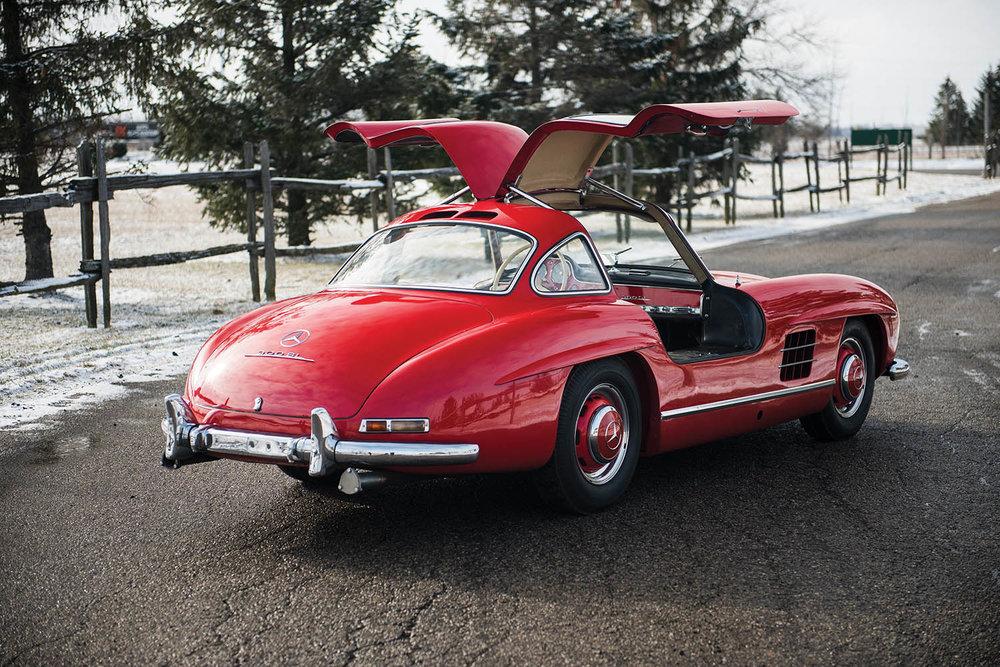 1957-Mercedes-Benz-300-SL-Gullwing_1.jpg