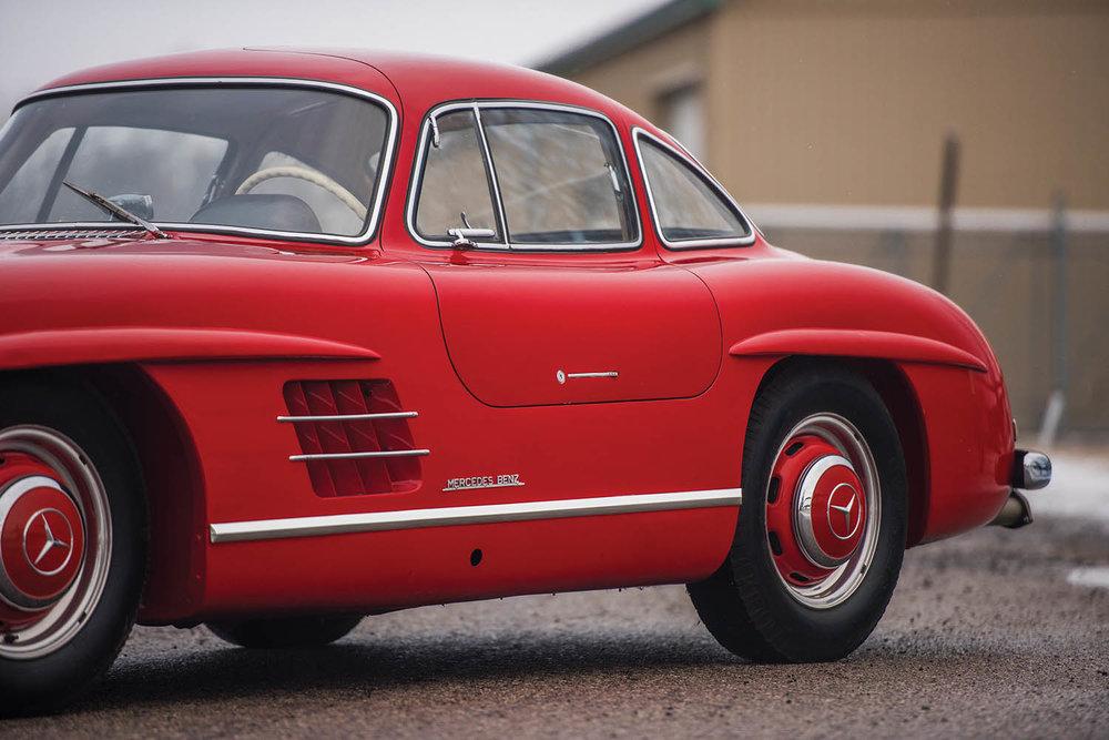 1957-Mercedes-Benz-300-SL-Gullwing_9.jpg