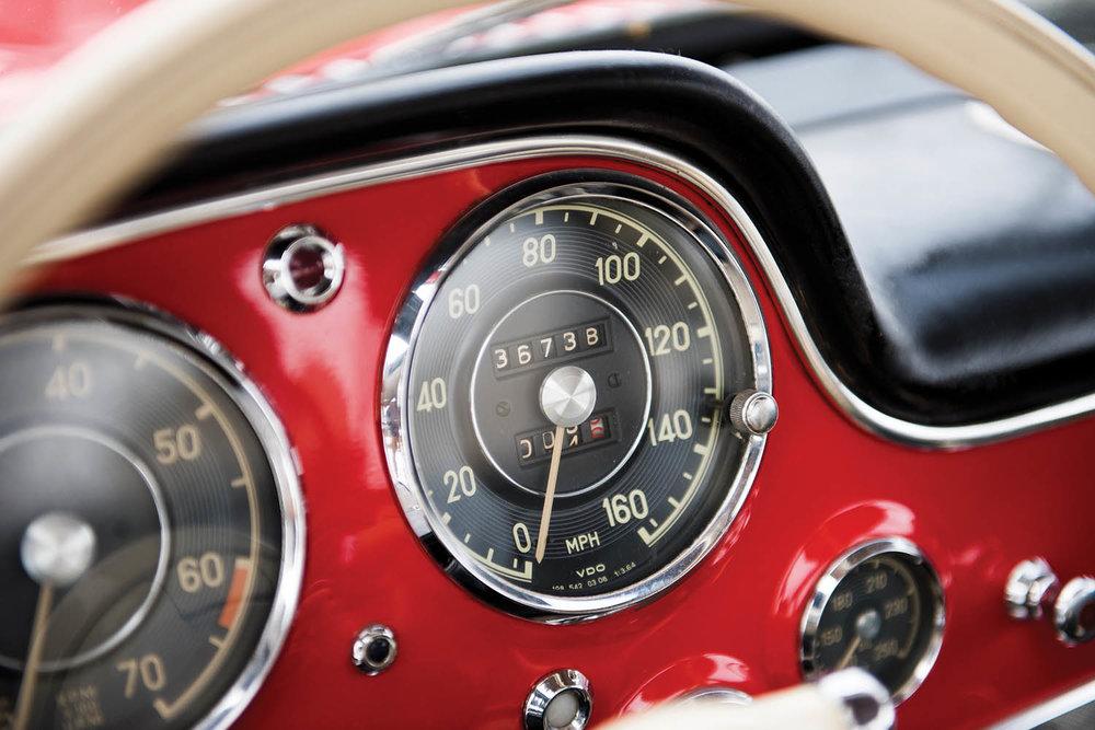 1957-Mercedes-Benz-300-SL-Gullwing_28.jpg