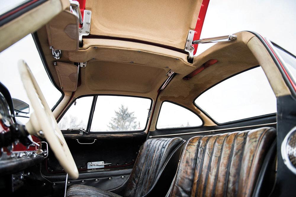 1957-Mercedes-Benz-300-SL-Gullwing_34.jpg