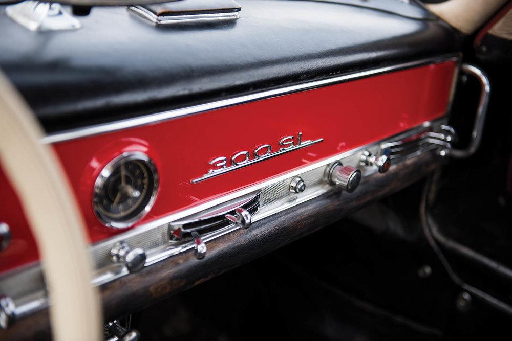 1957-Mercedes-Benz-300-SL-Gullwing_40.jpg