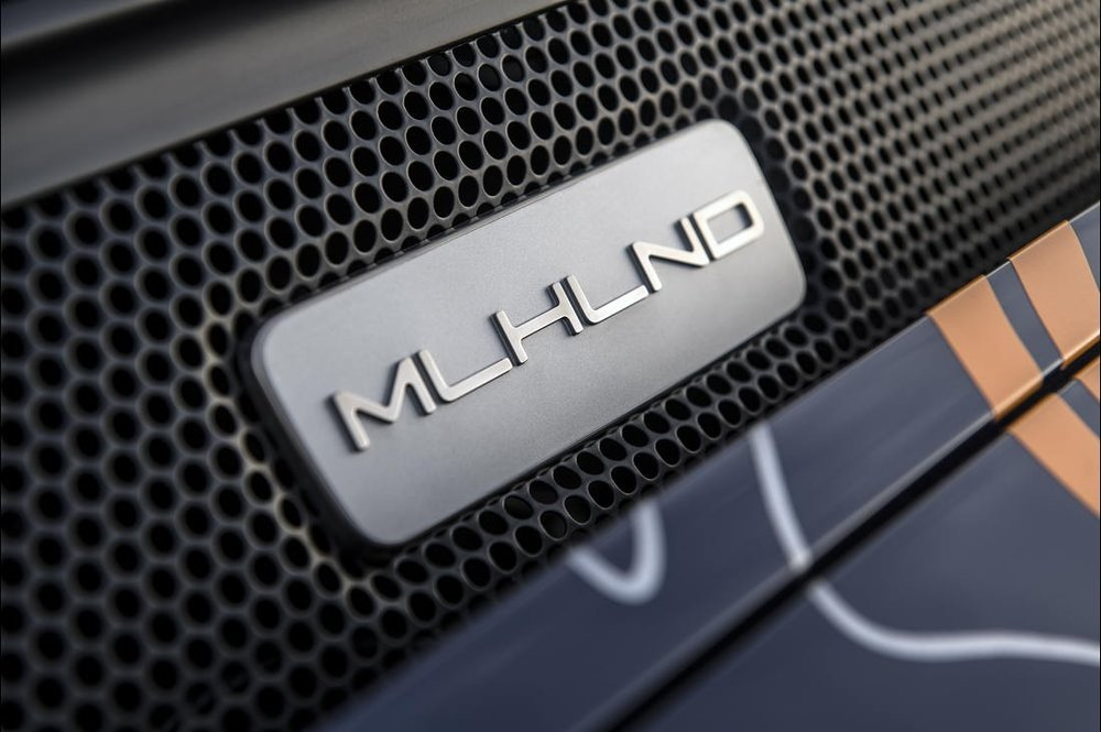 27-singer-911-mulholland-1100x732.jpg