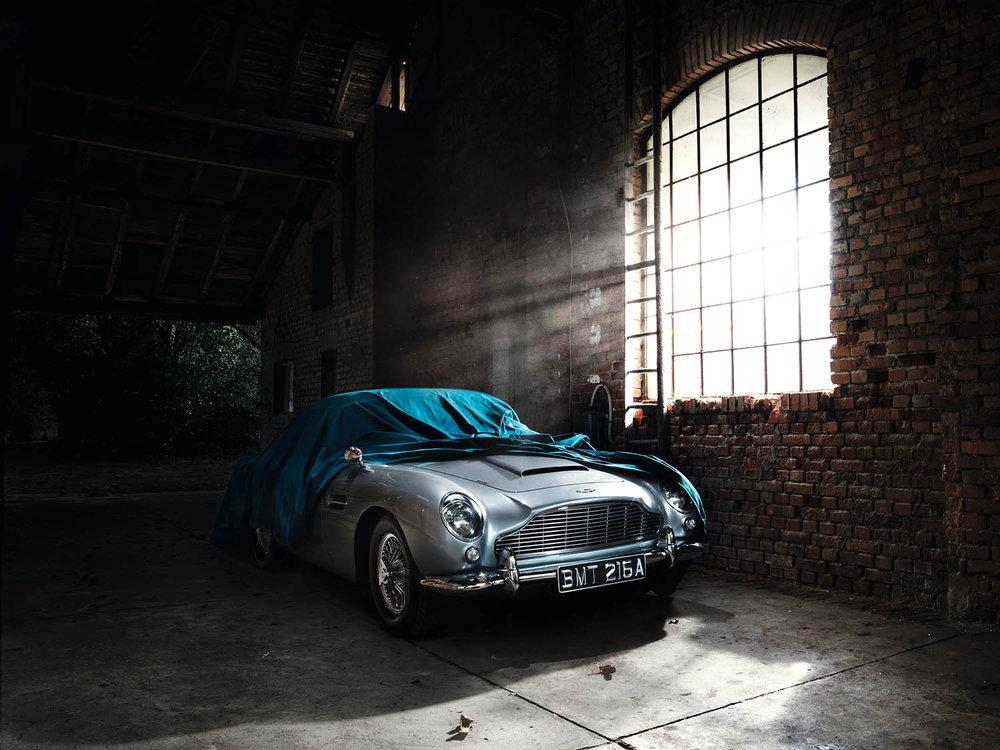 Aston_Martin-crop.jpg