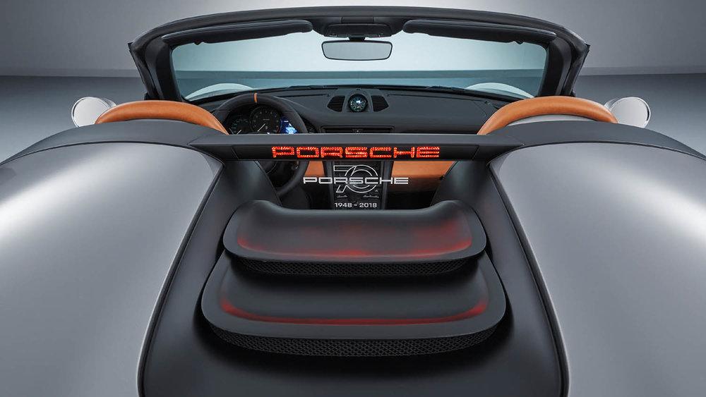 3247508_911_speedster_concept_2018_porsche_ag.jpg