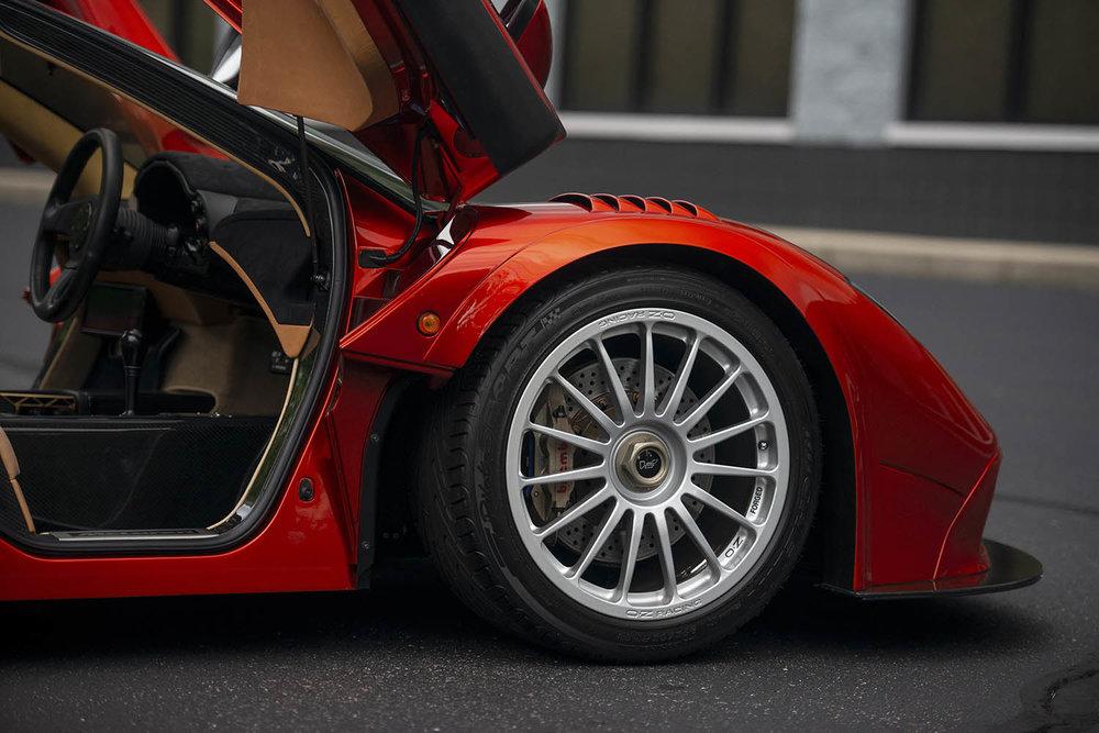 1998-McLaren-F1--LM-Specification-_41.jpg