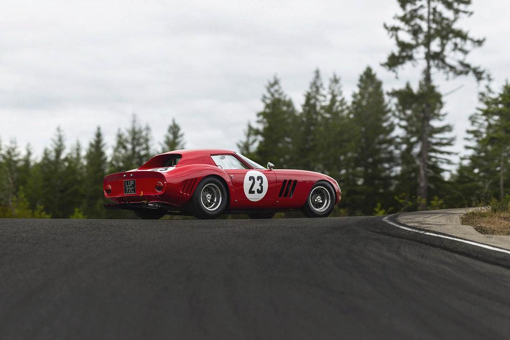 1962-Ferrari-250-GTO-by-Scaglietti_41.jpg