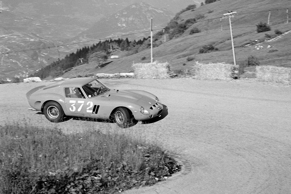 1962-Ferrari-250-GTO-by-Scaglietti_42.jpg