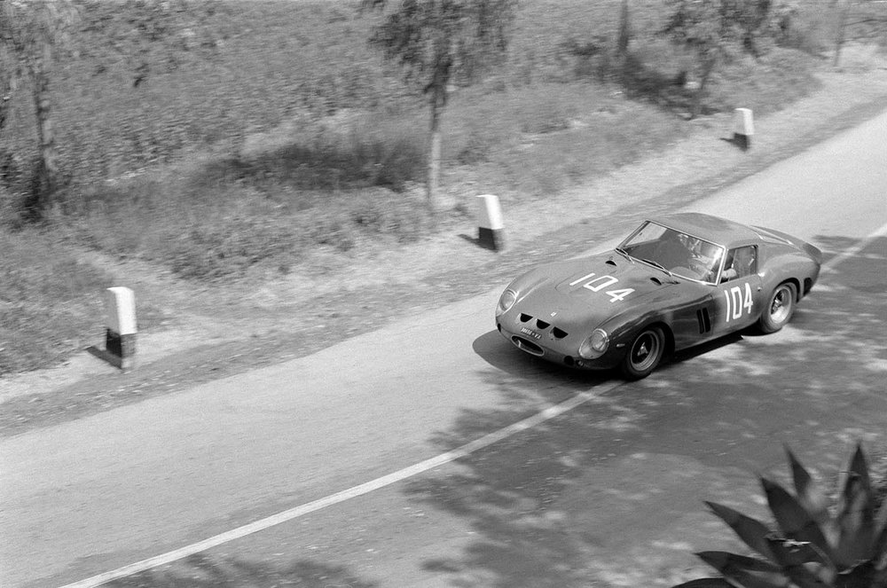 1962-Ferrari-250-GTO-by-Scaglietti_43.jpg