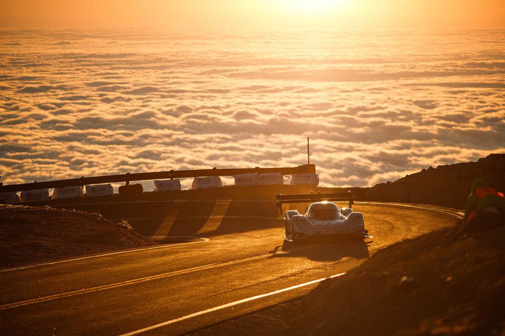 Romain_Dumas_F_Volkswagen_I.D._R_Pikes_Peak-Large-8492.jpg